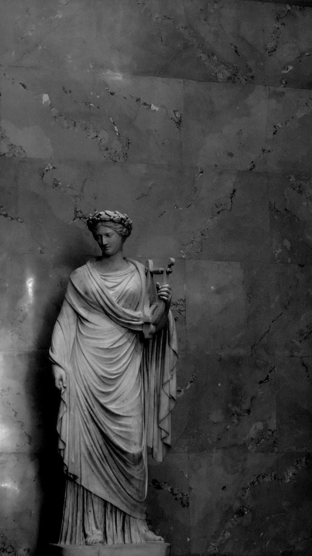 #blackandwhite #sculpture #dark #museum #bw #beautiful