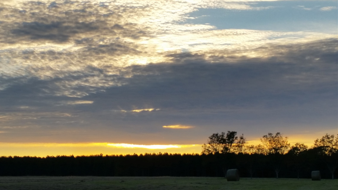 #Simplybeautiful  #countrylife  #sunsetobsessed