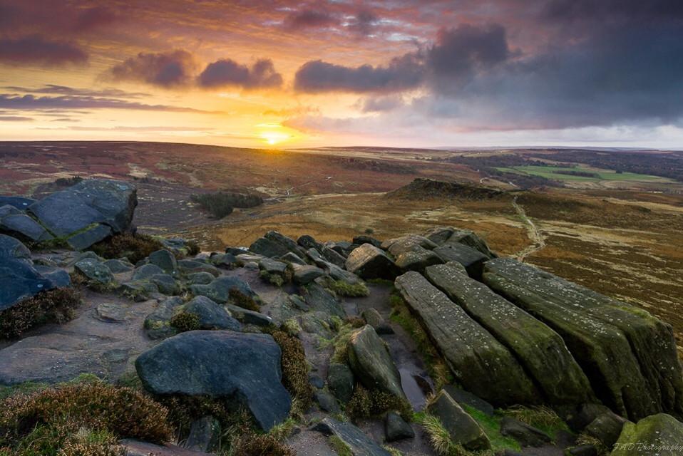 Sunrise of two halves (2) #photography #picsart #peakdistrict #derbyshire #landscape #landscapephotography #sunrise #goldenhour #stones #england #nikon #nature #storm #cloudy #view #vista #weather