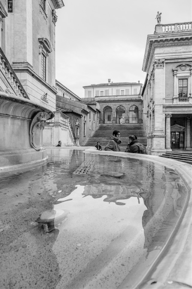 Rome. Black&white.  #blackandwhite #blackandwhite #rome #street #streetphoto #photography #italy