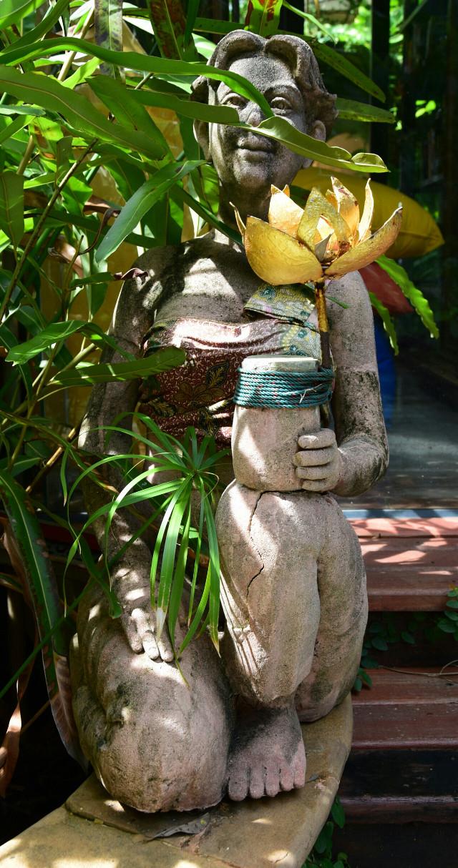 Good evening dear friends #garden #phuket #Thailand #travel #sculpture #traveltreasures #noedit