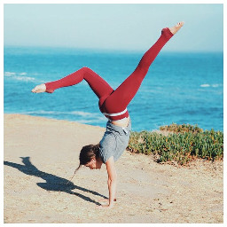 yoga handstand santacruz