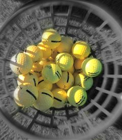 colorsplash blur yellow balls teambuilding